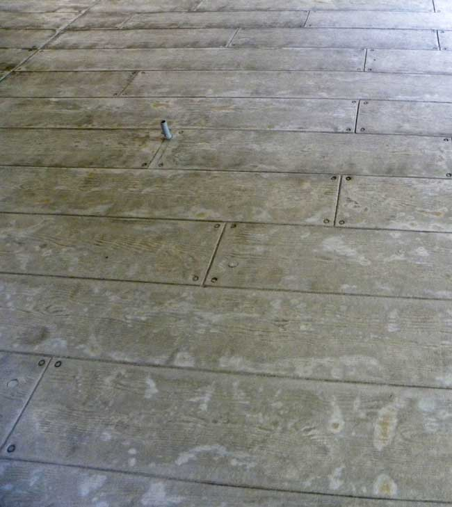 stamped concrete to look like a wood deck done by eau claire concrete company